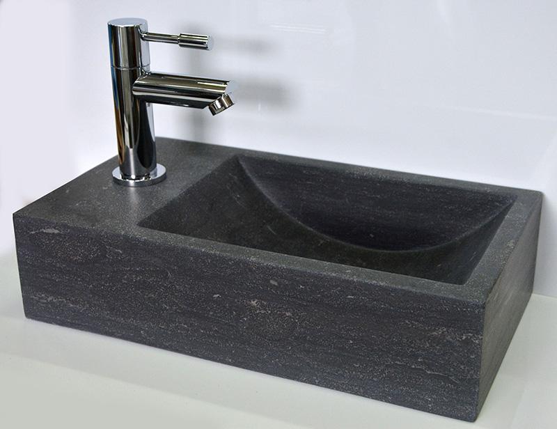 Fontein Natuursteen Toilet : Hardstenen fonteintje saniflex recto links megadump