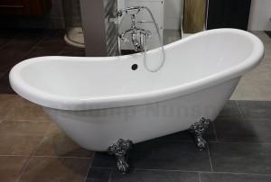 Klassiek vrijstaand bad op pootjes