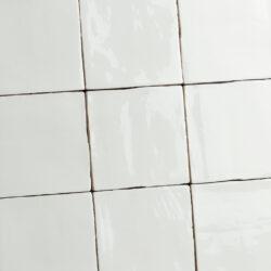 Handvorm tegels oud hollandse witjes wit hoogglans 13x13 cm