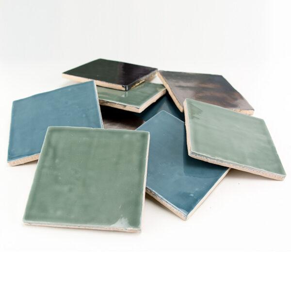 Platinum Metallic groen en blauw mix handvorm tegels 13x13