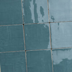 Oud Makkum blauwe handvorm tegels 13x13 cm