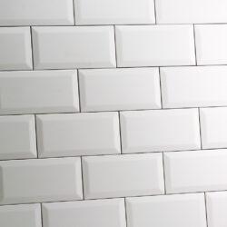 Mat witte metro tegels met schuine kantjes 10x20 cm
